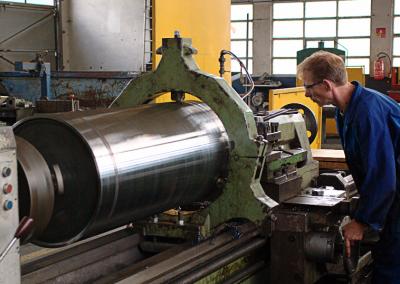 Usinage d'un cylindre double enveloppe