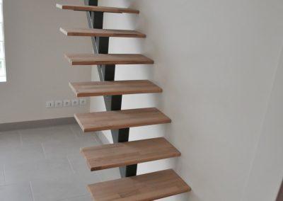 Escalier à poutre centrale